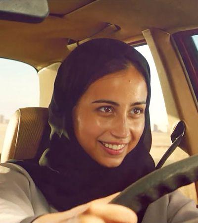 Novo comercial da Coca-cola celebra direito de dirigir das mulheres da Arábia Saudita