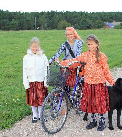 Conheça Kihnu, a vila na Estônia totalmente comandada por mulheres