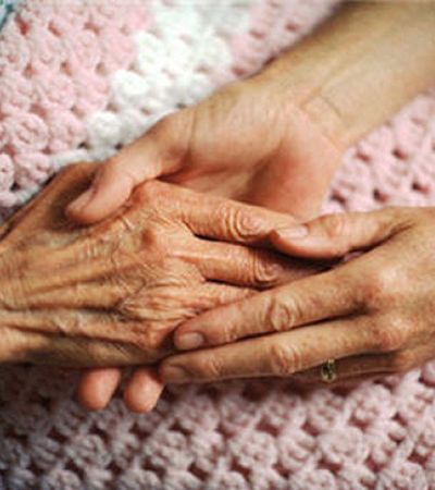 Pesquisadores japoneses descobrem coquetel de remédios que combate Alzheimer
