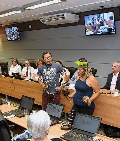 Unicamp aprova cotas raciais para 2019 e cria vestibular indígena