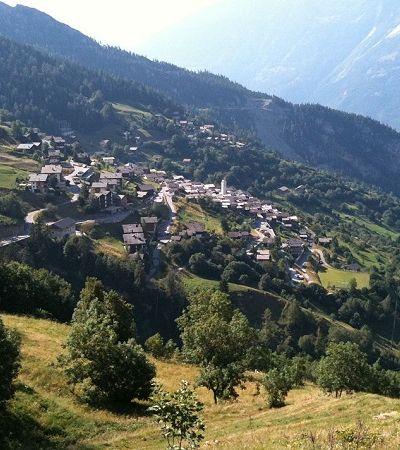 Esta vila suíça vai pagar R$ 82 mil a cada adulto que se mudar pra lá