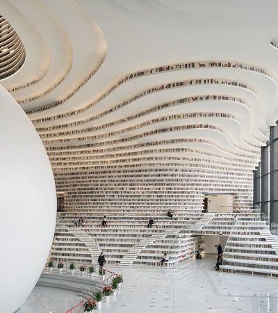 Biblioteca é projetada com inspiração nos mares para representar oceano de conhecimento