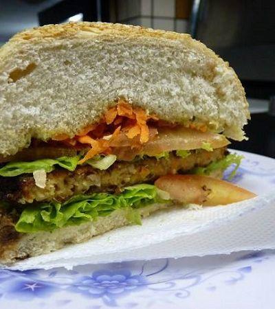 5 opções de junk food ogro imperdíveis em SP, RJ e Curitiba durante a Vegan Week