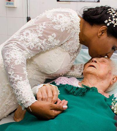 Noiva deixa festa de casamento de lado para visitar mãe de 92 anos que está internada