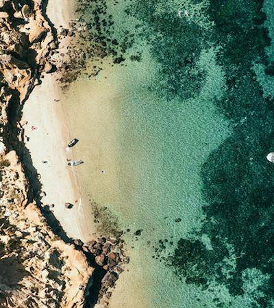Fotógrafa australiano retrata algumas das mais lindas praias do mundo vistas de cima