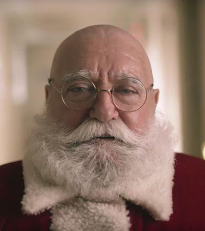 O Papai Noel ficou careca por um lindo motivo neste vídeo da Canon