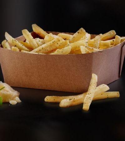 McDonald's cria batata frita nos sabores alho e parmesão e internet vai à loucura