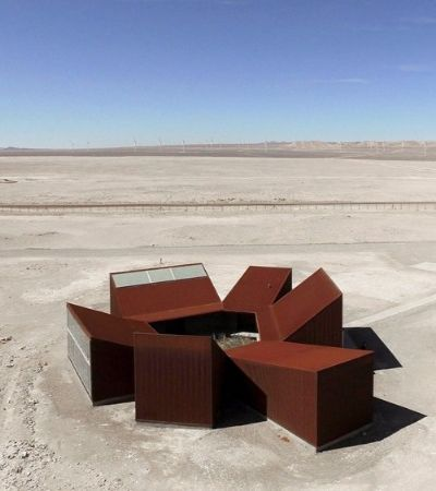 No meio do deserto do Atacama, ergueram esta verdadeira pérola da arquitetura