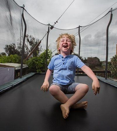 Série fotográfica registra um dia na vida de crianças com condições genéticas raras