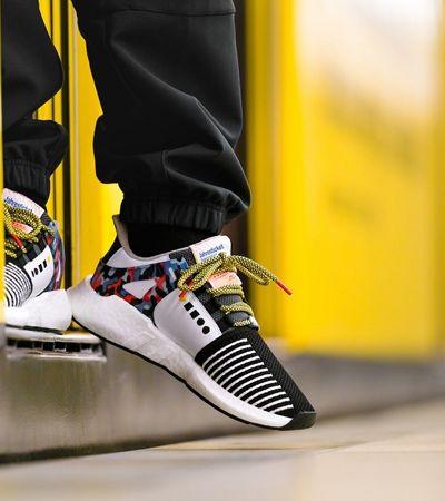 Novo tênis de edição limitada da Adidas garante 'open de metrô' em Berlim