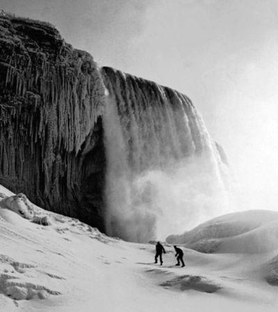 As intensas e impressionantes imagens das Catarátas do Niagara congeladas