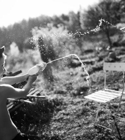 Ela fotografou crianças curtindo o verão bem longe da tecnologia