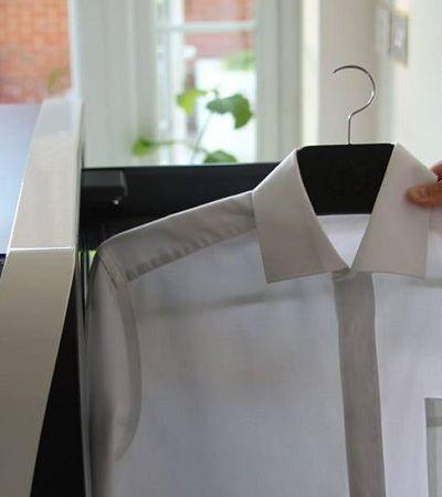 Esta máquina maravilhosa passa suas roupas sozinha para você