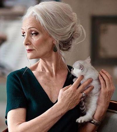 Agência de modelos contrata apenas pessoas acima de 45 anos e desafia indústria da moda
