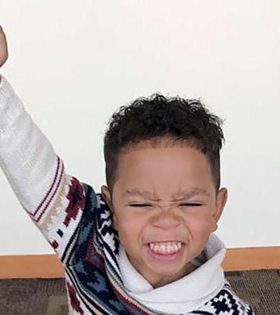 A Reação deste garotinho ao ser oficialmente adotado emocionou a internet