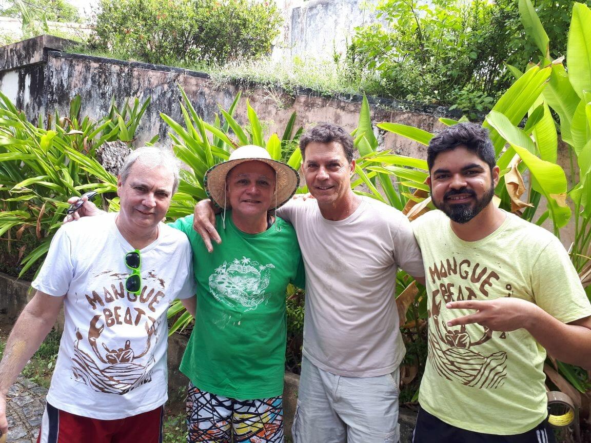 Da esquerda para a direita, Marcos, coordenador do Mangue Beat, Jorge Percilio, diretor, Fernando Alves, presidente do bloco, e Hamlet, também da coordenação