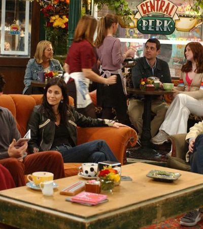 Lembra dela? Cafeteria de 'Friends' será inaugurada oficialmente na vida real