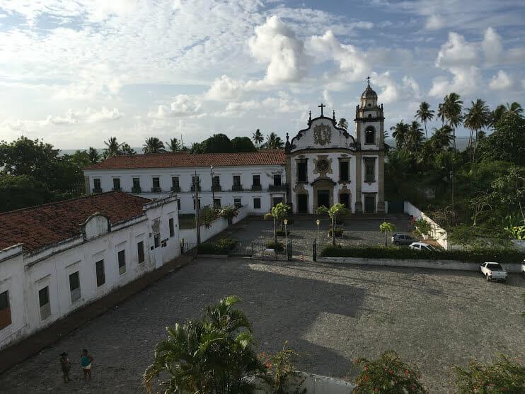 Dia raiando no Mosteiro de São Bento