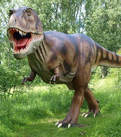 Rastros de dinossauros são encontrados em estacionamento da NASA