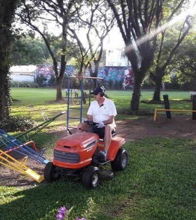 Primeiro juiz do Brasil a recusar auxílio moradia aproveita tempo para cuidar de praça