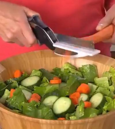 Este utensílio de cozinha é o que há de mais prático e genial para cortar alimentos