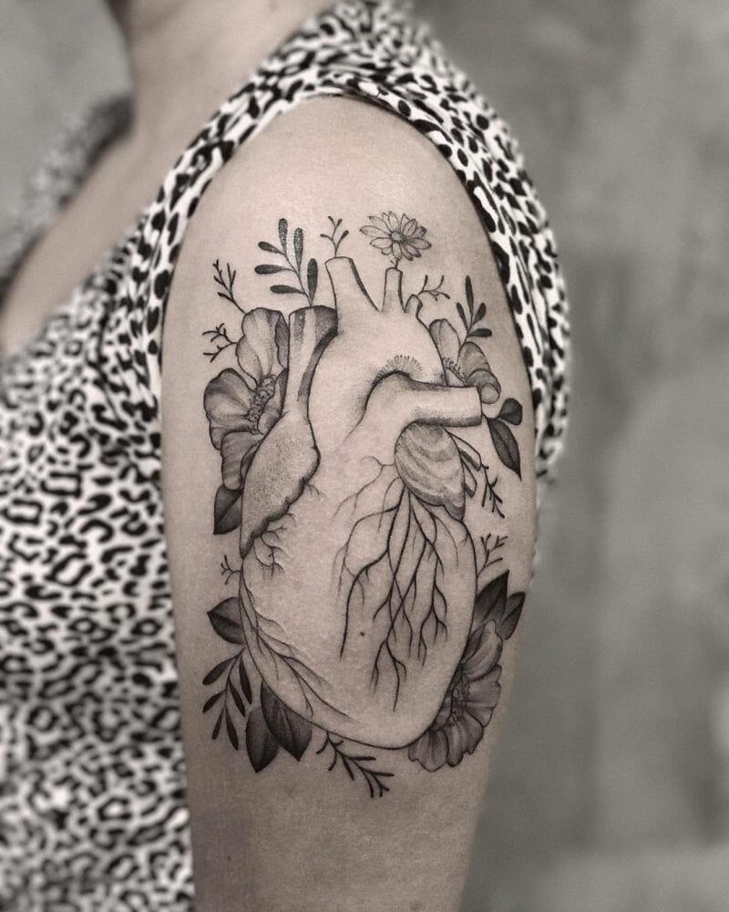 Natureza e simbologia do trabalho de Gabriela Fune