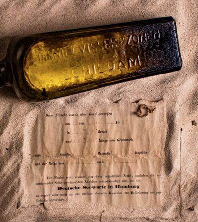 Família encontra mensagem na garrafa perdida há 132 anos