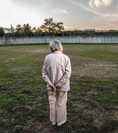 Contra a solidão, idosas japonesas estão cometendo crimes para viverem na prisão