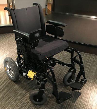 Microsoft Brasil cria cadeira de rodas controlada pelo movimento dos olhos