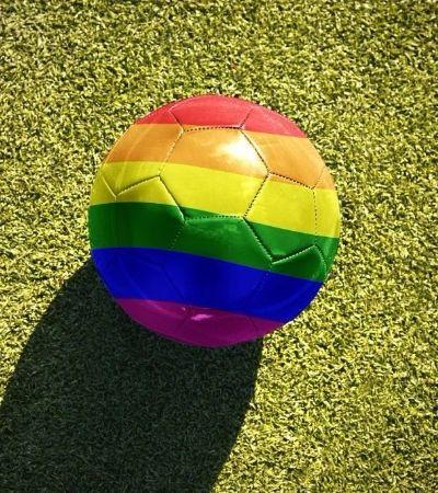 Organização criará manual de sobrevivência para pessoas LGBT na Rússia durante a Copa
