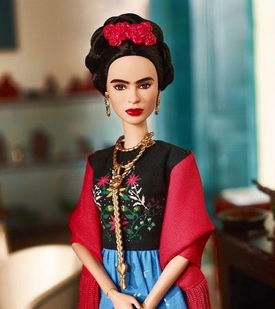 Barbie lança bonecas de Frida Kahlo e outras mulheres inspiradoras