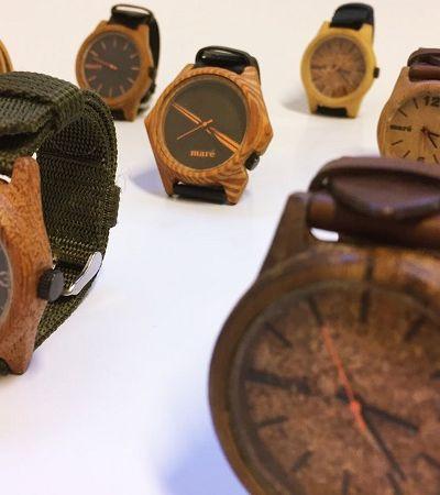 Designer cria relógios com materiais descartados encontrados nas ruas do Rio de Janeiro