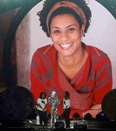 Marielle vive: Katy Perry para show e convida familiares da vereadora