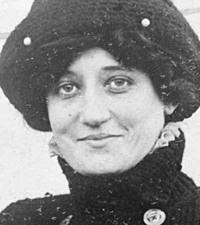 O que Hebe Camargo, Maria Bonita e a primeira piloto do mundo têm em comum?