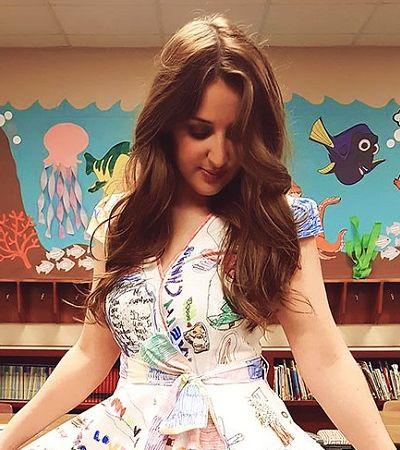 Esta professora deixou que os alunos rabiscassem seu vestido e o resultado é pura alegria