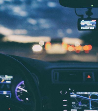 Pedestre é morto por carro autônomo pela primeira vez na história e faz Uber parar testes