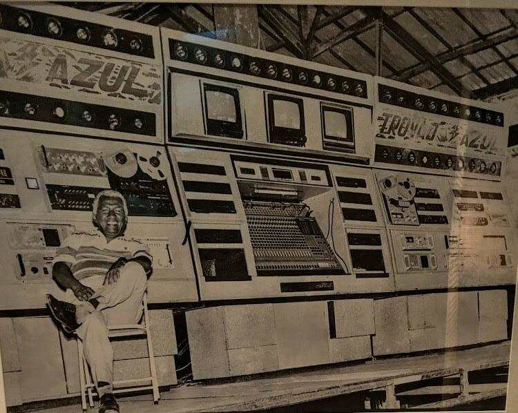1992. Comemoração de 40 anos de Carne Seca, um dos primeiros seletores de reggae das radiolas maranhenses