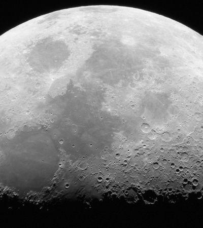 Inteligência artificial encontra 6 mil 'novas' crateras na superfície da lua