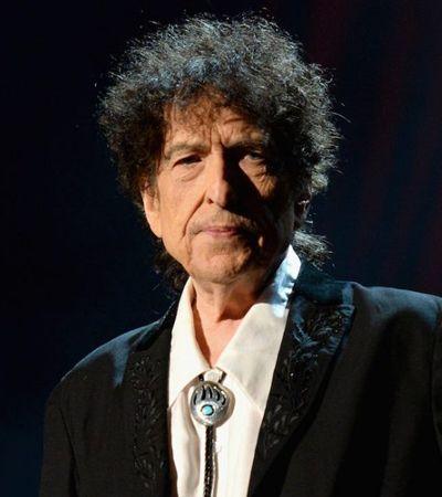 'Tenho um homem louco por mim': Bob Dylan adapta letra e canta sobre amor gay