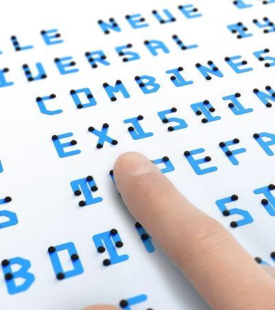 Criaram um alfabeto híbrido de braile que pode ser visto e tocado