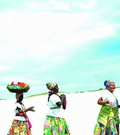 Conheça as Ganhadeiras de Itapuã, senhoras cantadeiras que celebram o samba de roda de Salvador