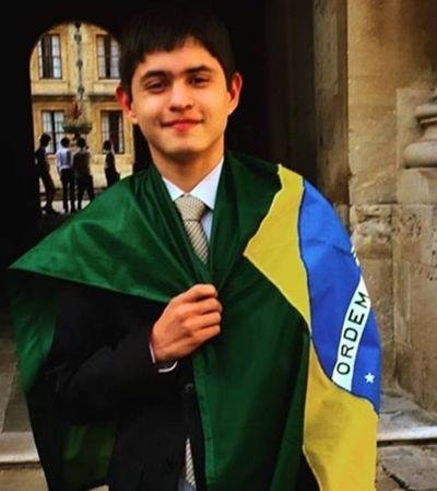 Aluno brasileiro da rede pública é aprovado nas 4 melhores universidades do mundo aos 17