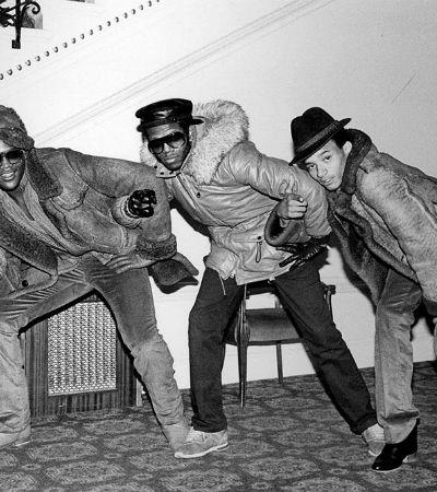 Conheça a fotógrafa que registrou a cultura de rua nos anos 70 e 80 em Londres e NY