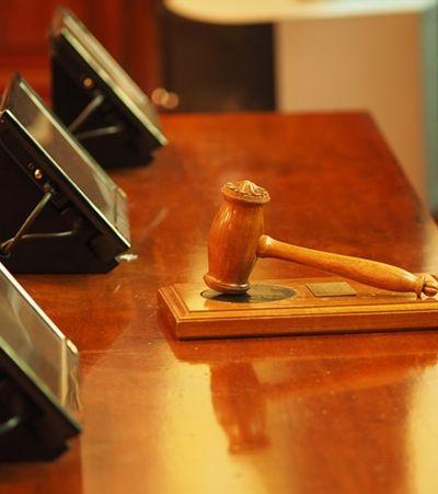 Juiz questiona vítima se ela 'fechou as pernas' para prevenir estupro