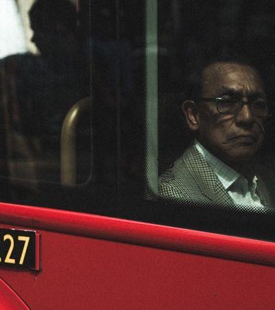 Políticos não têm direito a carro oficial e devem usar transporte público na capital inglesa