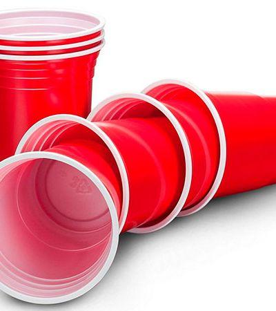 Europa quer proibir talheres, copos e demais produtos de plástico de uso único
