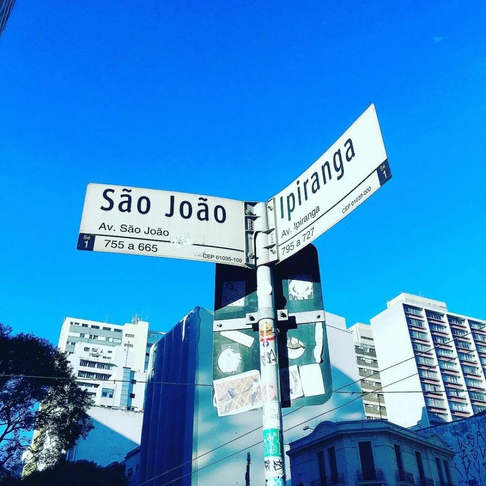 O cruzamento mais emblemático da cidade foi palco do samba