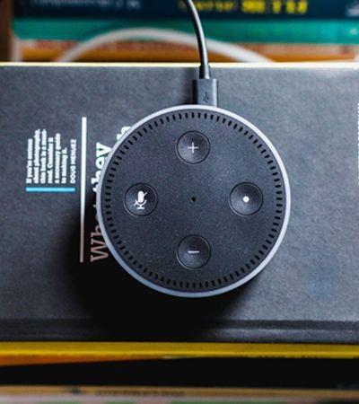 Assistente virtual da Amazon grava e compartilha conversa privada de casal