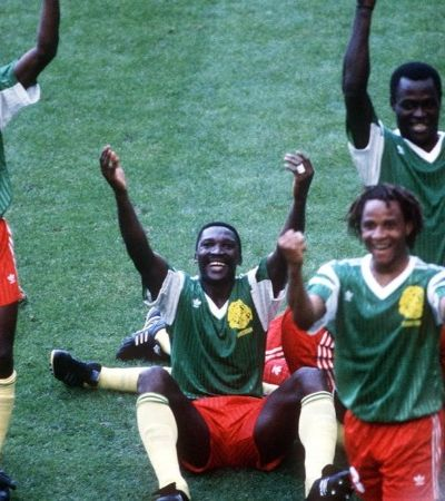 A luta contra a Fifa e o dia em que Camarões botou o futebol para dançar