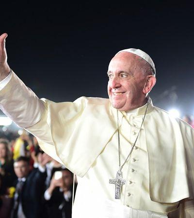 """""""Deus te ama assim"""", Papa Francisco faz história com fala sobre homossexualidade"""